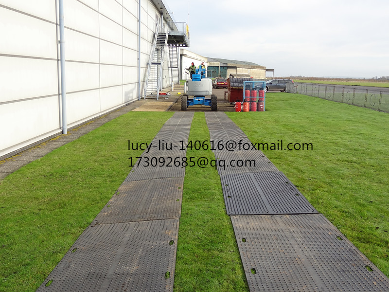 Polyethylene plastic ground mat outdoor