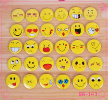 Yiwu Jewelry Cute Smiling Face Emoji brooch best price for customer