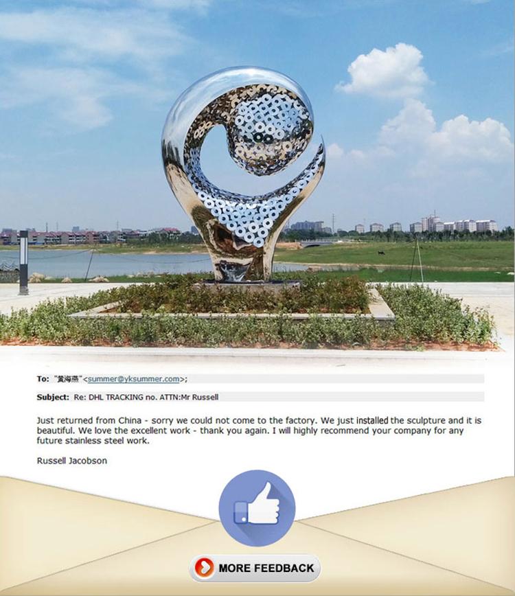 2022 world cup Qatar Football modern art sculptures