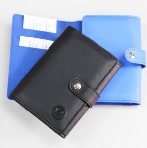 Custom Smiling Face Cheap Leather Wallet /Personalized Wallet/seal Button Wallet