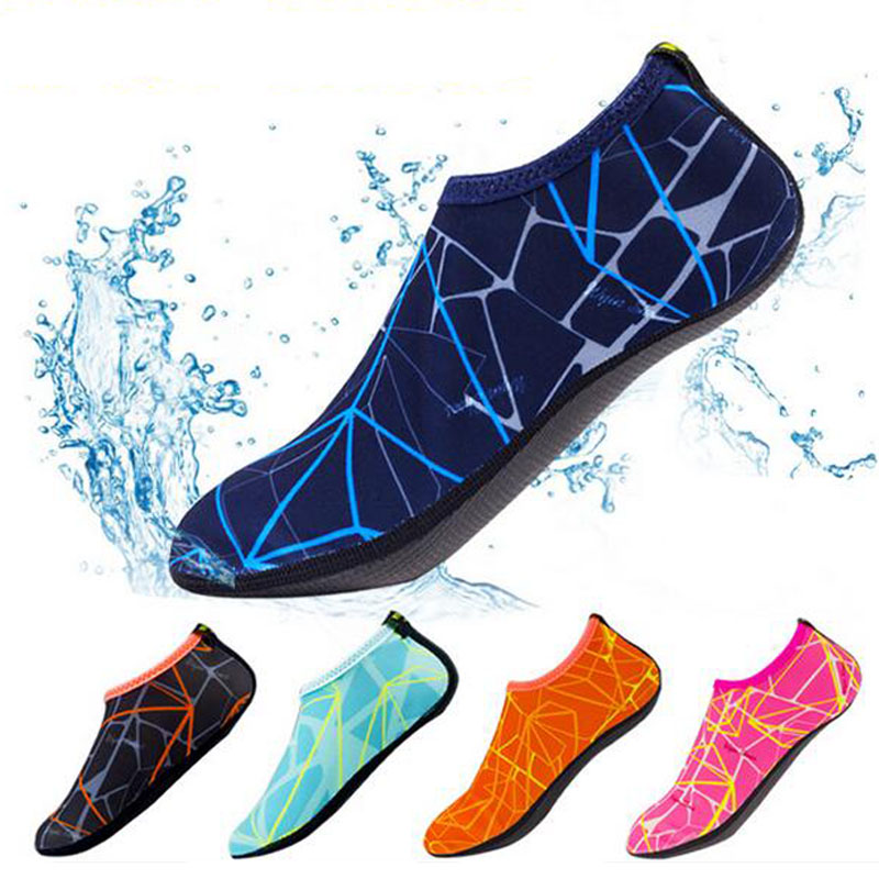 Quick-Dry Non-slip Diving Socks Coral Shoes Snorkeling Socks Swim Fins Socks Surf Yoga Beach Socks Swimming Shoes Water Shoes