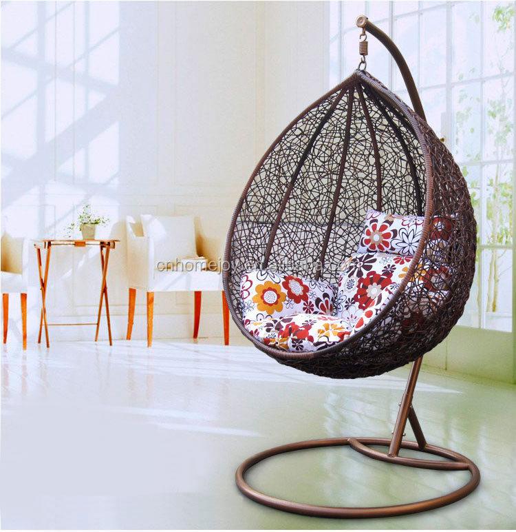 vente chaude suspendus chaise d'oeufs,en osier fauteuil suspendu