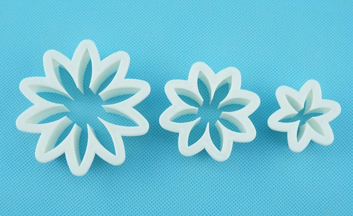 Set of 3 Daisy Pattern PP Plastic Cookie Cutter FP-105