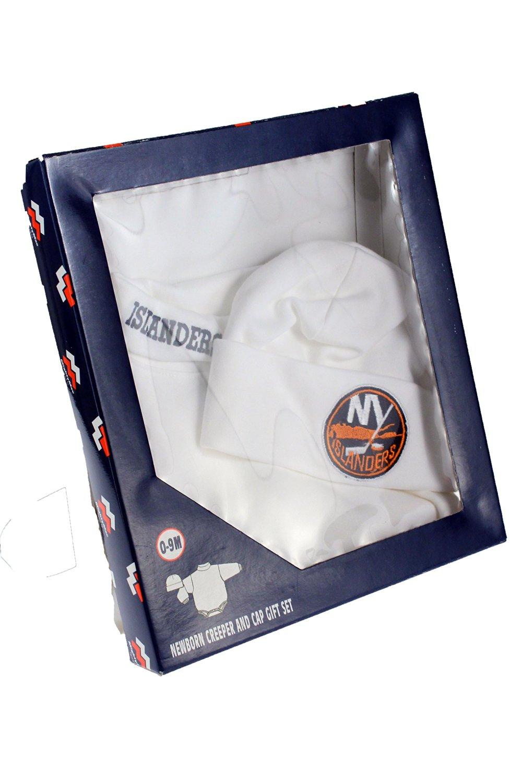 Get Quotations · New York Islanders NHL Baby Boys Newborn Creeper   Cap  Gift Set a4dd9cd39