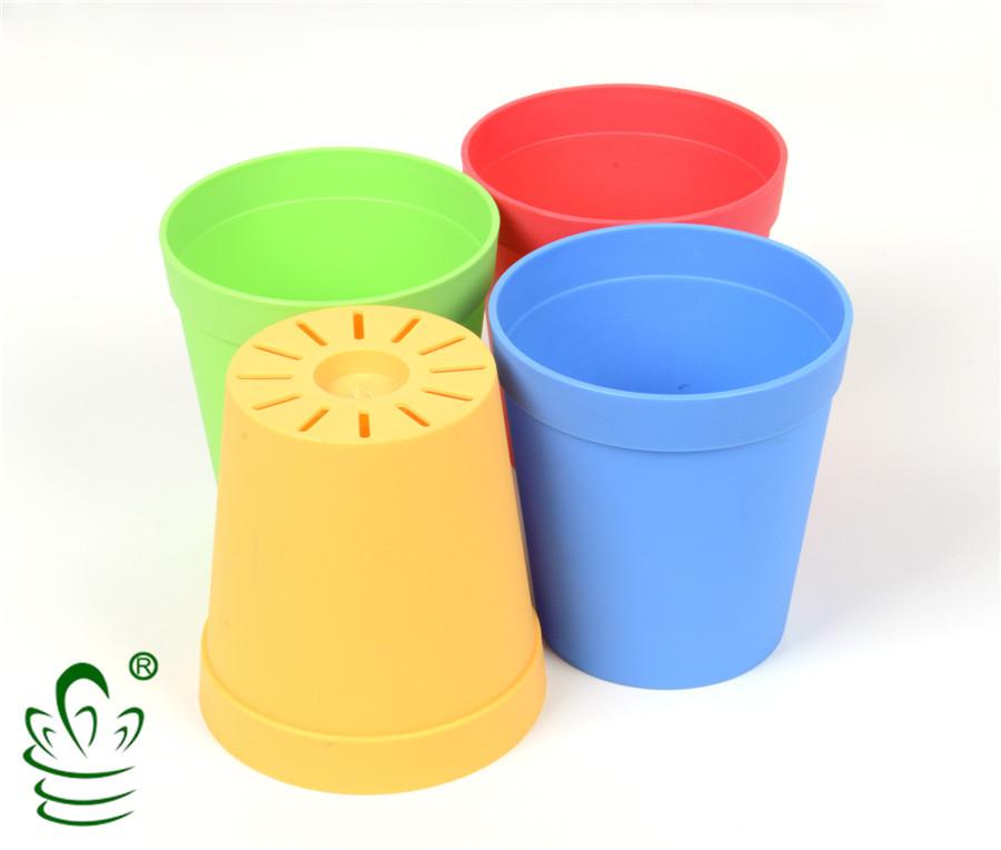 plastic plant pots wholesale planter buy plastic plant. Black Bedroom Furniture Sets. Home Design Ideas