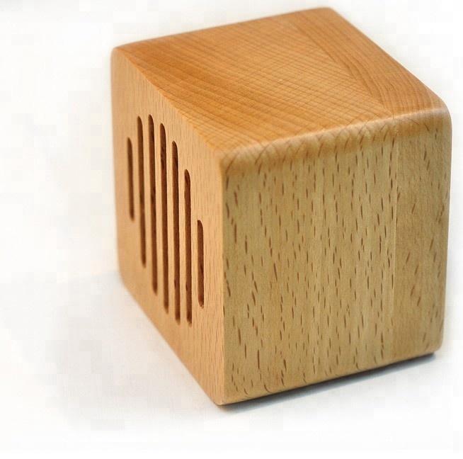 Simple Shape Original Maple Music Box Birthday Gifts For Husband