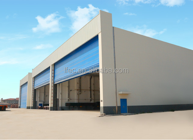 Light steel aircraft maintenance shop hangar