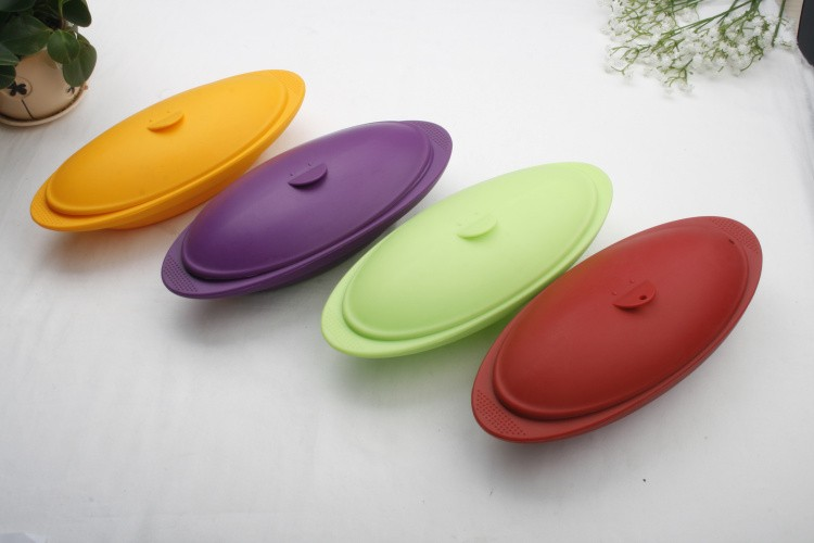 Unbreakable Microwave Safe Silicone Serving Bowl with Lid