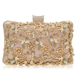 ZH0939X 2019 New Hollow Diamond Evening Bag Bridal Handbag High Grade  Rhinestone Banquet Evening Bag 3353ab0314137