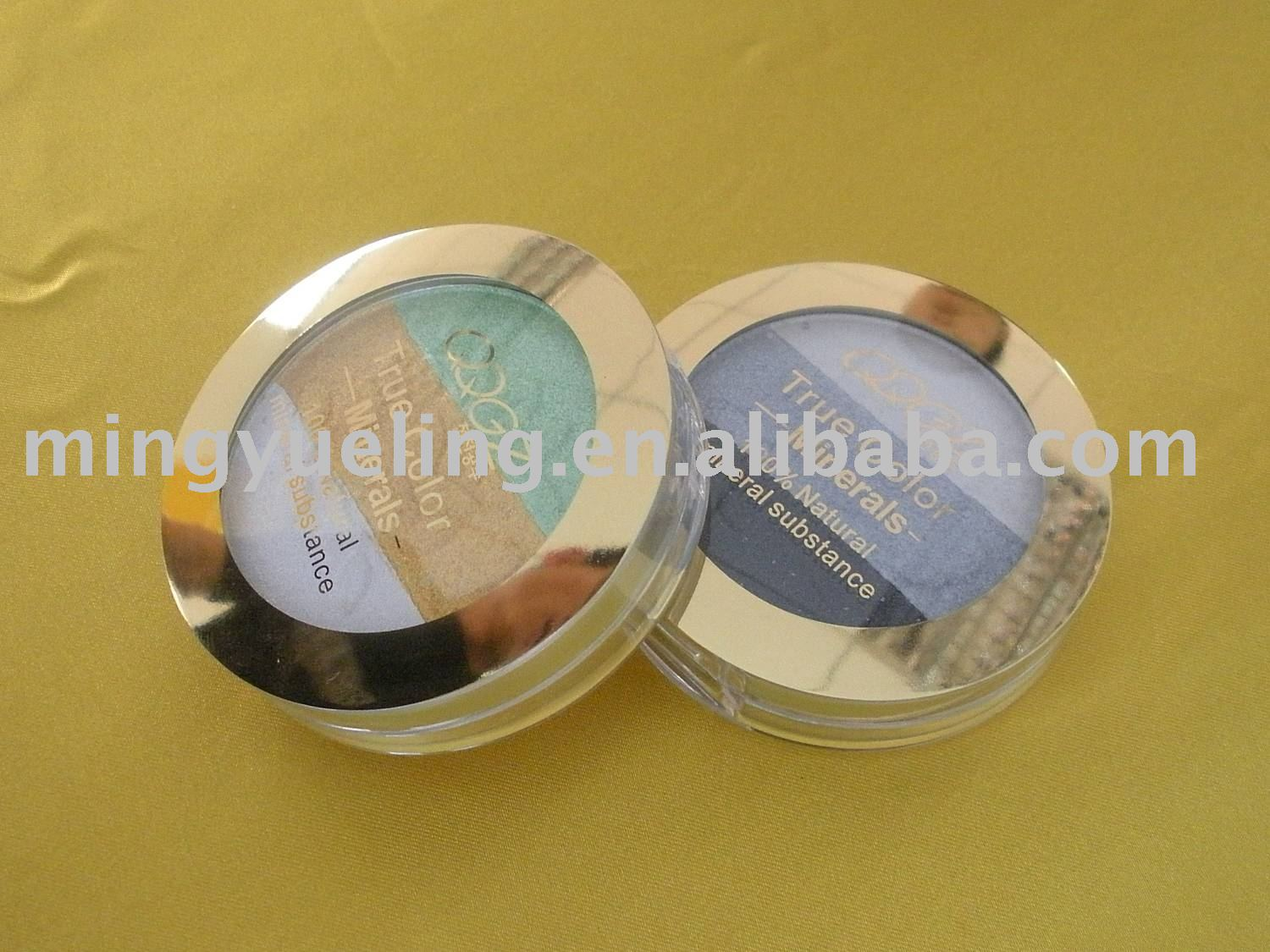 High pigment mineral eye shadow