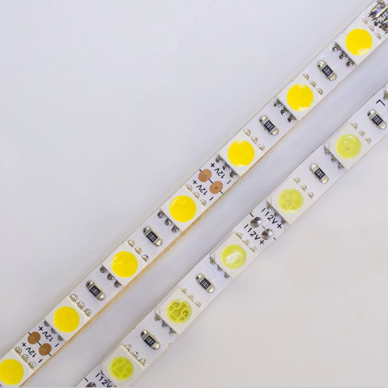 2017 Indoor and outdoor decoration bendable led focus SMD2835 solar led tape light