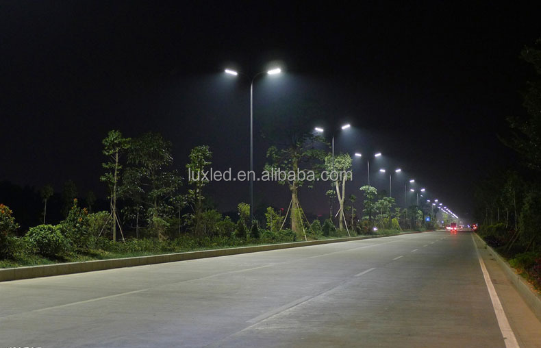 ip65 high lumen output CE & RoHs led light street
