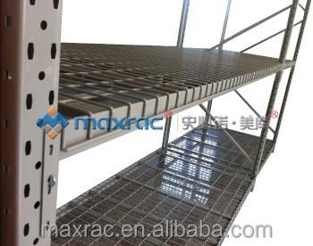Shelving racking system with Safety Lock Pin