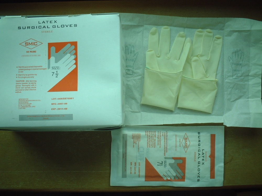AQL 1.5 blue medical cheap disposable nitrile glove embossed for examine use