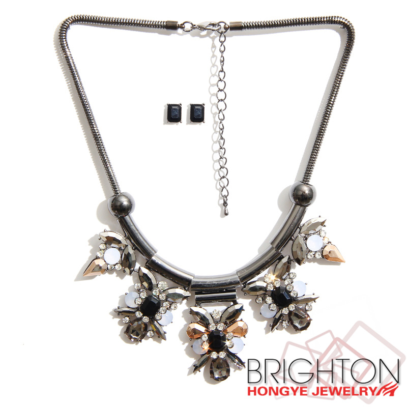 Hematite Plated Rhinestone Fashion Jewelry Set N6-8100-8000