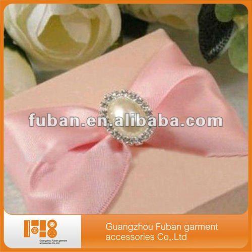 Elegant Pearl Rhinestone Brooch For Wedding Cards