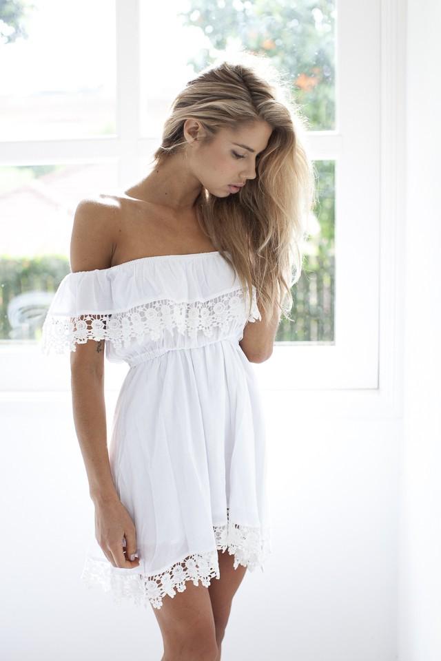 robe la mode robe dentelle blanche femme. Black Bedroom Furniture Sets. Home Design Ideas