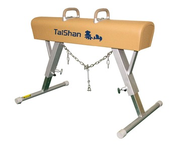 gymnastic pommel horse for training suitable for championship