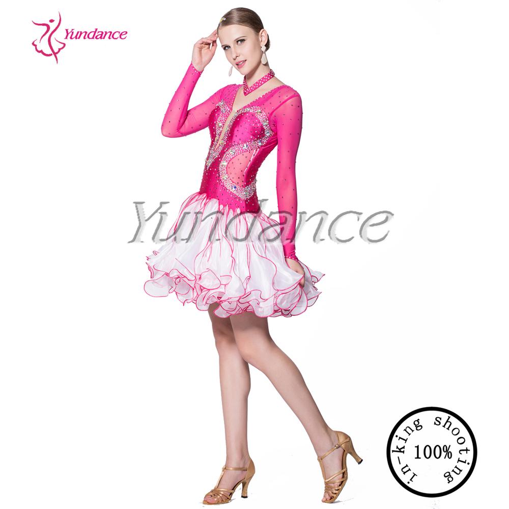 Bonito Las Mujeres Vestidos De Baile Embellecimiento - Colección de ...
