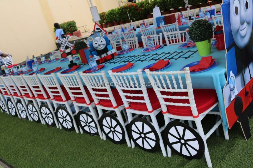 hot sale popular cheap kids chiavari chair in plastic for party