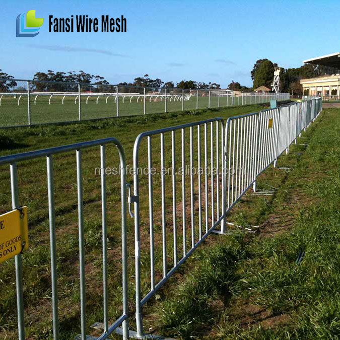 Heavy duty traffic road safety pedestrian crowd control barriers