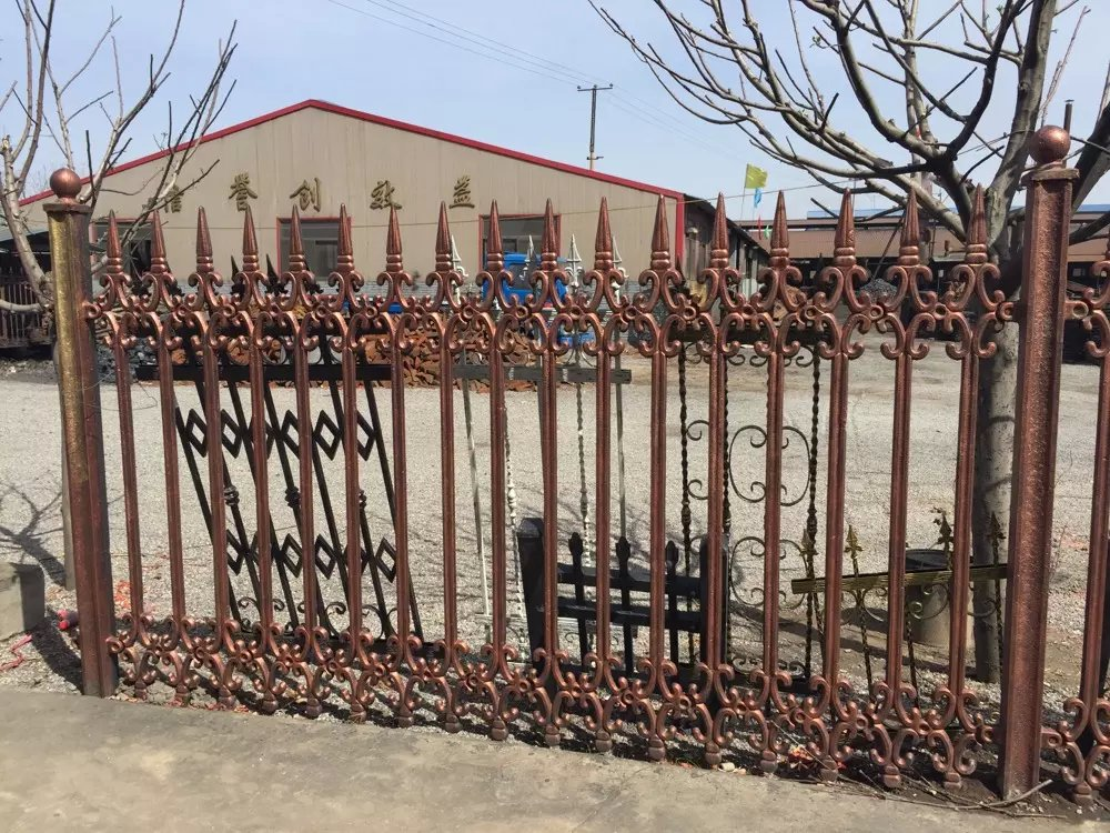 2016 new products of double top rails decorative wrought iron fence