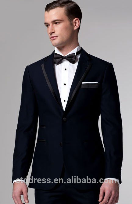 Matrimonio In Smoking : Premium azul medianoche de esmoquin guapo adaptados