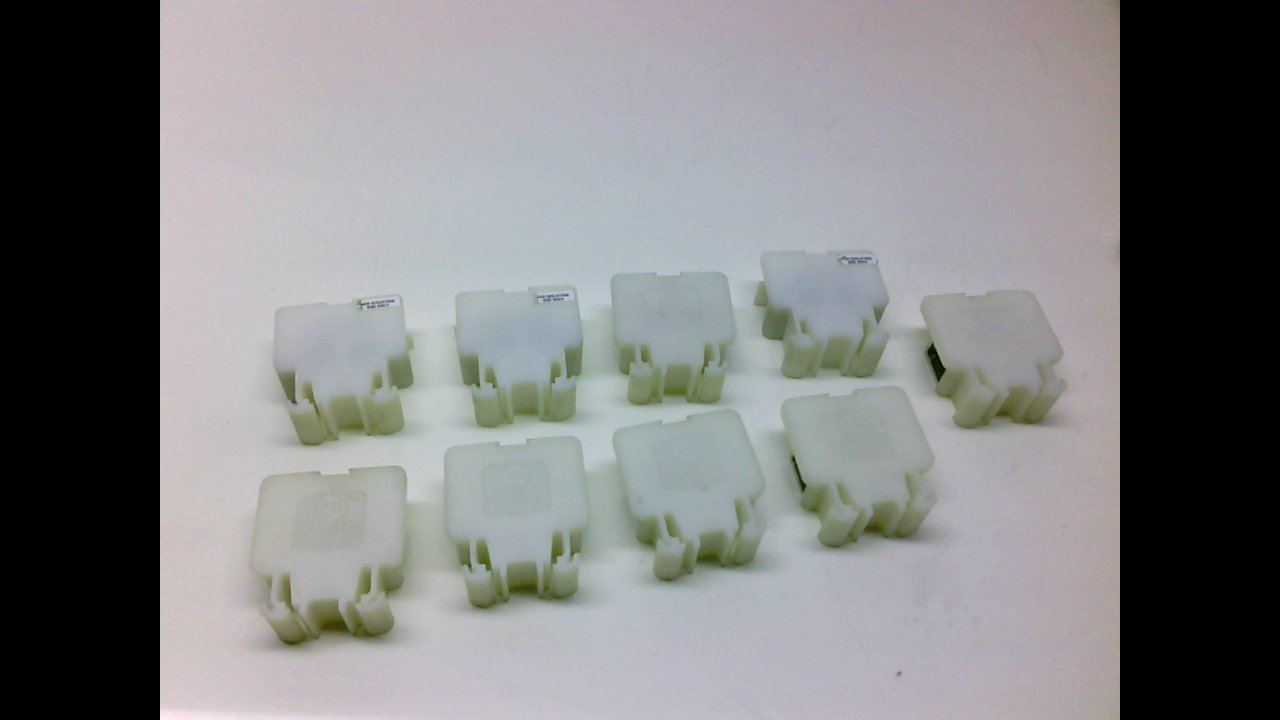 Allen Bradley 1492 Ce - White - - Pack Of 9 - Terminal Block, 500Vac 1492 Ce - White - - Pack Of 9 -
