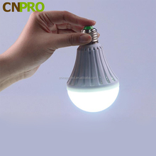 LED Automatic Charging 5W Rechargeable Emergency Bulb