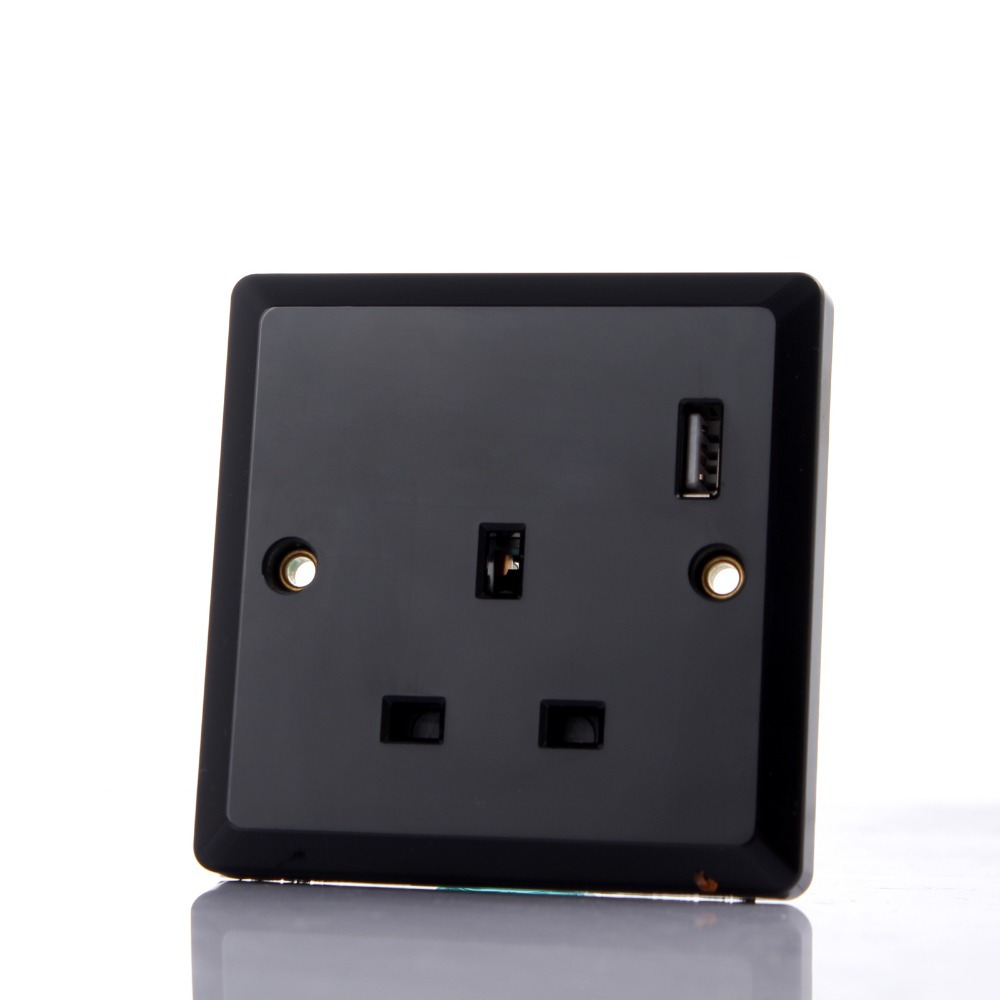 Intelligent Black USB Wall Charger + Built-in Socket Free Shipping Wall Charging Station Wall Socket Adapter Panel with USB Port