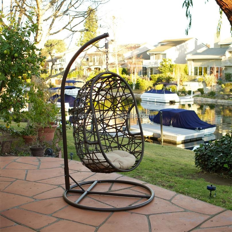 Airy Sophisticated Netted Outdoor Balcony Hanging Cane Furniture