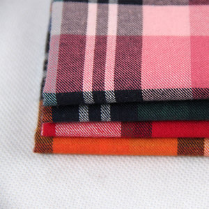 polyester cotton gingham check seersucker fabric for women's shirt