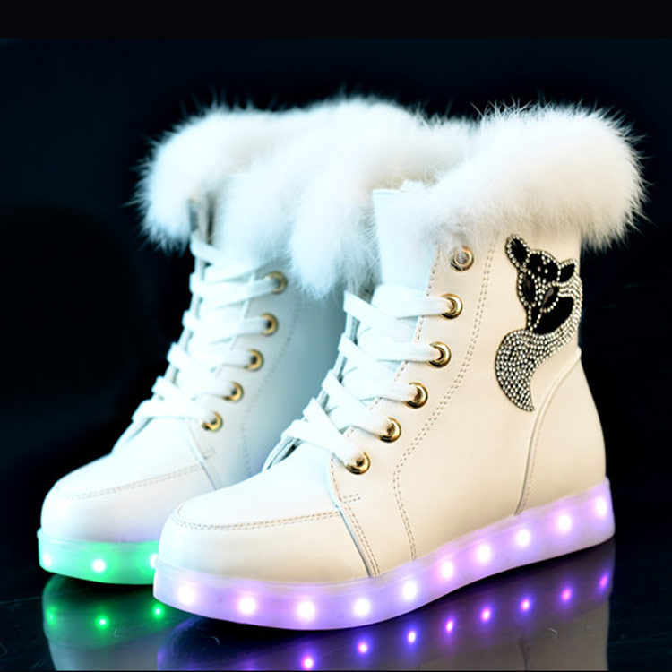 EK7023 new arrival USB rechargeable LED lights fur fluffy lined women <strong>boots</strong>