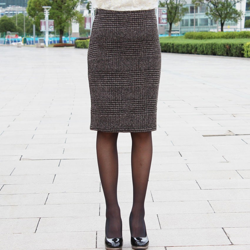 13f683246e The Skirt is suitable in Winter, Spring, Autumn and Matching for any  clothing, Such as T-shirt , Sweaters, Knitted wear, Blouse etc.