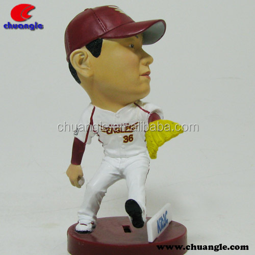 5-6inch sports player resin statue,polyresin figurine