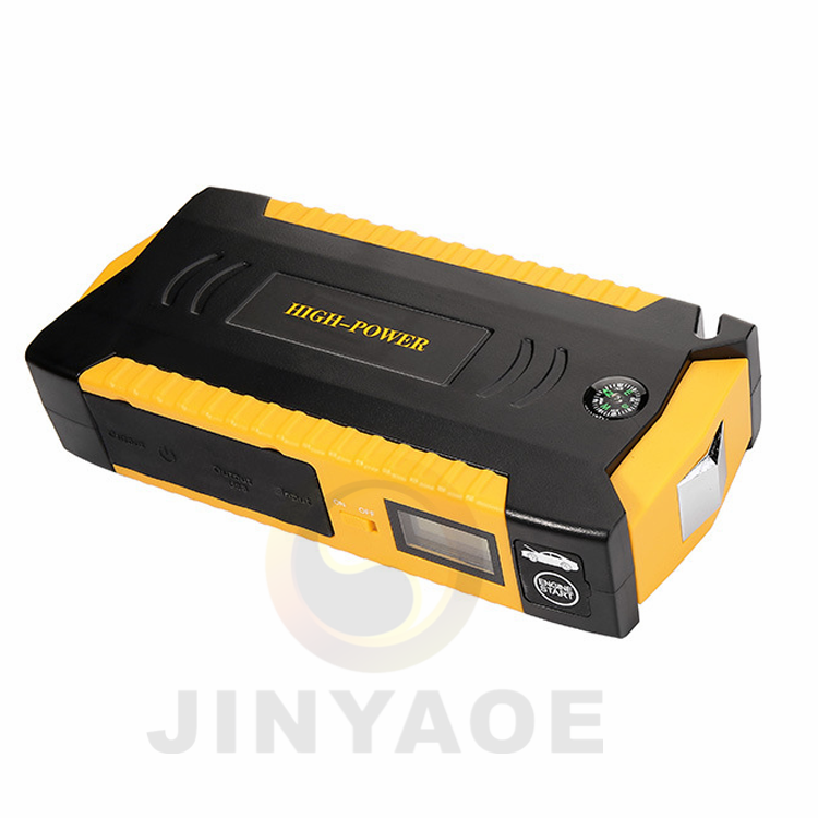 2017 NEW arrival IP67 Waterproof 4 USB ports with LCD/Compass 15000mAh battery jump starter