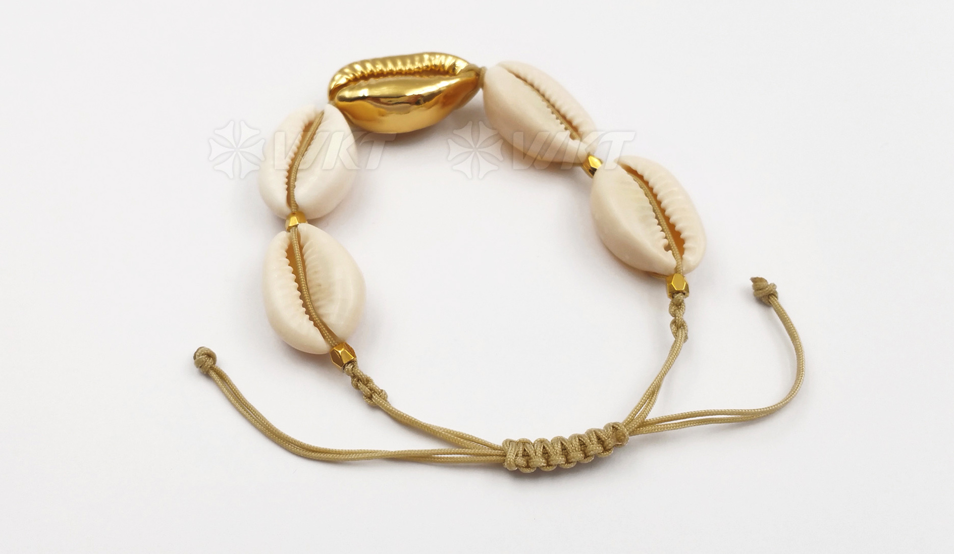 WT-B410 Wholesale Fashion Cowrie Shell and Jewelry with white for women jewelry Gold shell Connector Bracelets