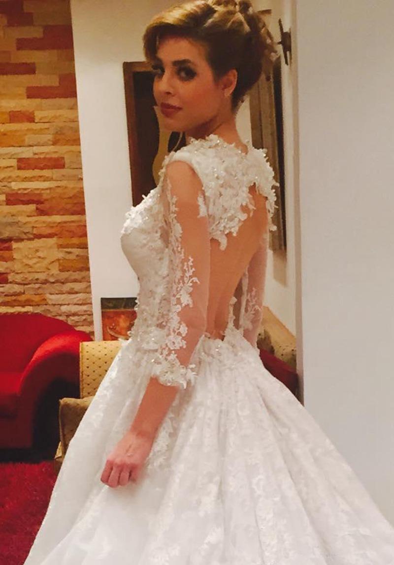 vintage lace wedding dress with sleeves hot girls wallpaper. Black Bedroom Furniture Sets. Home Design Ideas