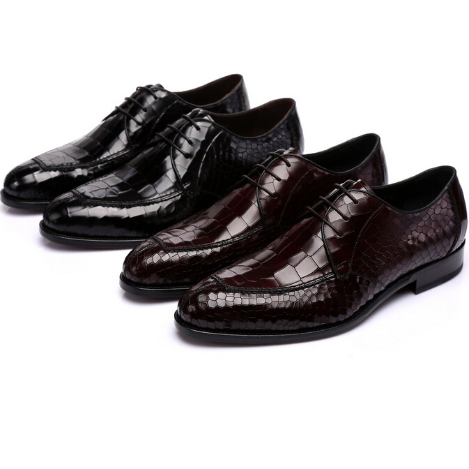 Hot selling Man dress shoes italian men shoes zapatos hombre vestir creepers mens loafers leather men's flats wedding shoes A18