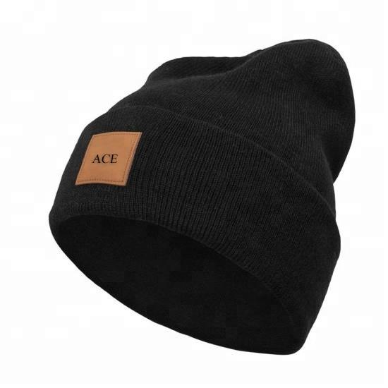 Mens beanie personalizzato patch in pelle commercio all'ingrosso plain lavorato a maglia beanie skull cap, cappelli del beanie