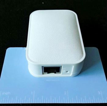 Mini portable wifi hotspot 3g 4g router for smart devices