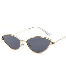 2018 nuevas gafas de sol atractivas bonitas Retro ojo de gato gafas de sol  de Metal triangular Vintage Cateye gafas de sol para . 565fd5baa29d