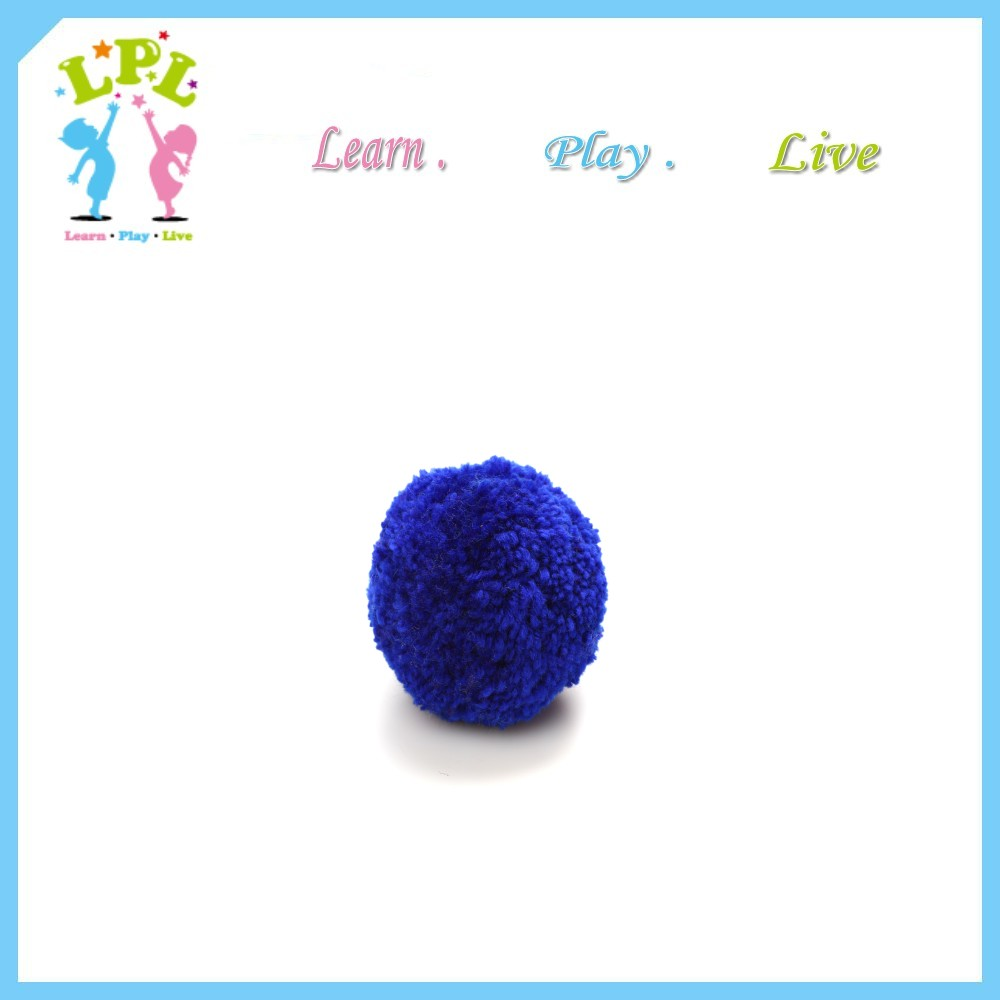 Hot sale promotion child toy 4 inch plush toy ball for Christmas gift