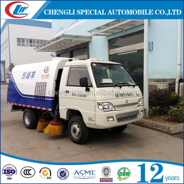 4x2 Vacuum road sweeper Mini sweeper truck Snow cleaning truck for sale