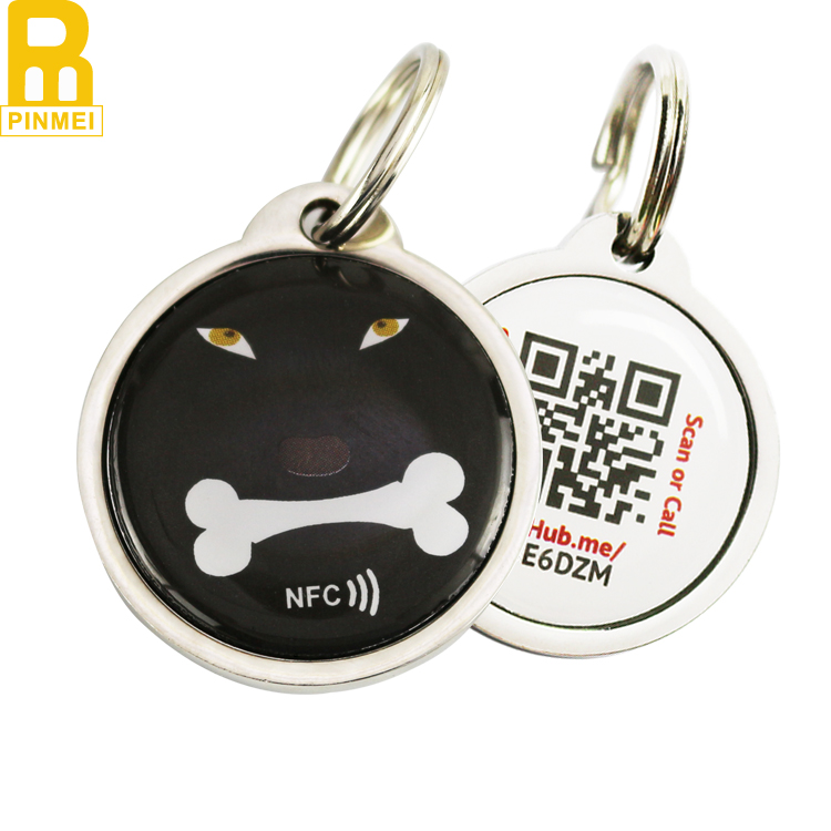 No mold fee two paw shape epoxy anti-metal nfc pet tag with qr code