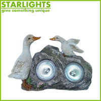 cheap price polyresin duck with solar light decoration