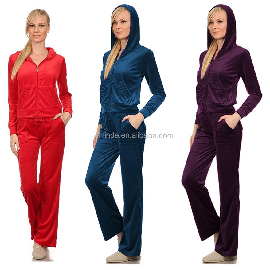 official photos b1ab4 590e9 ladies nike sweat suits