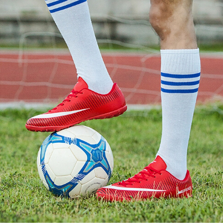 Training football Football design Professional shoes outdoor durable outdoor 2018 super soccer featured boots Shoes Sporting qw7BYBS