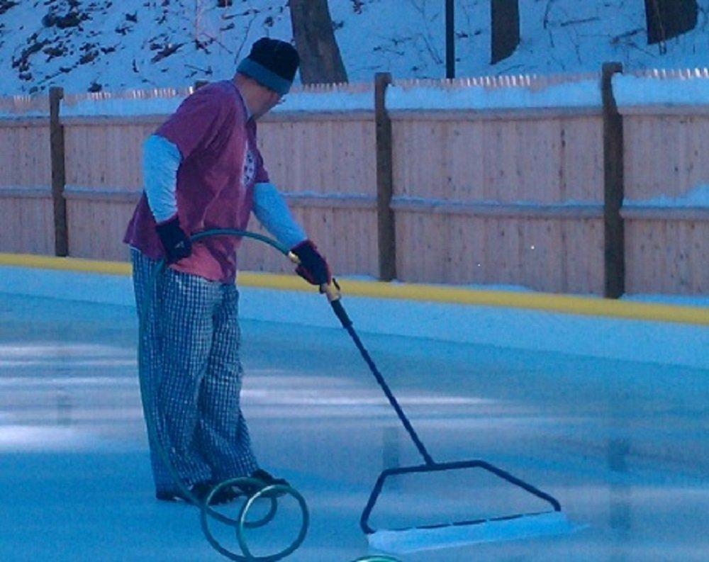 Get Quotations · Backyard Ice Skate Rink Resurfacer Pond Skating Master  Portable Smooth Groomer