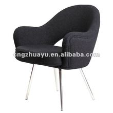 Eero Saarinen Executive Armchair,Modern Designer Fiberglass Furniture